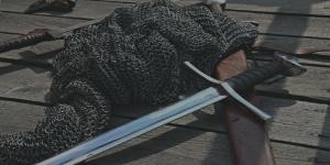 Armando guerra: Espadas y sables